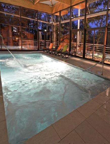 Пластиковый бассейн 5,5*2,0*1,5м (д*ш*г) т-8 мм.